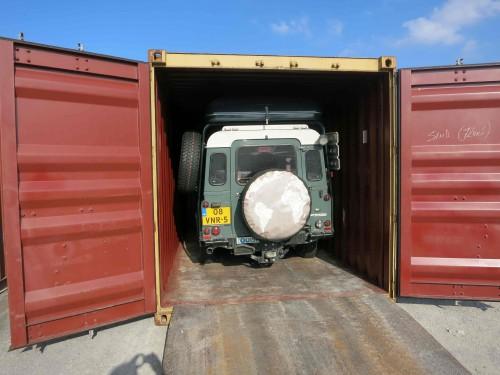 12t IbeX eindelijk uit de container. -026